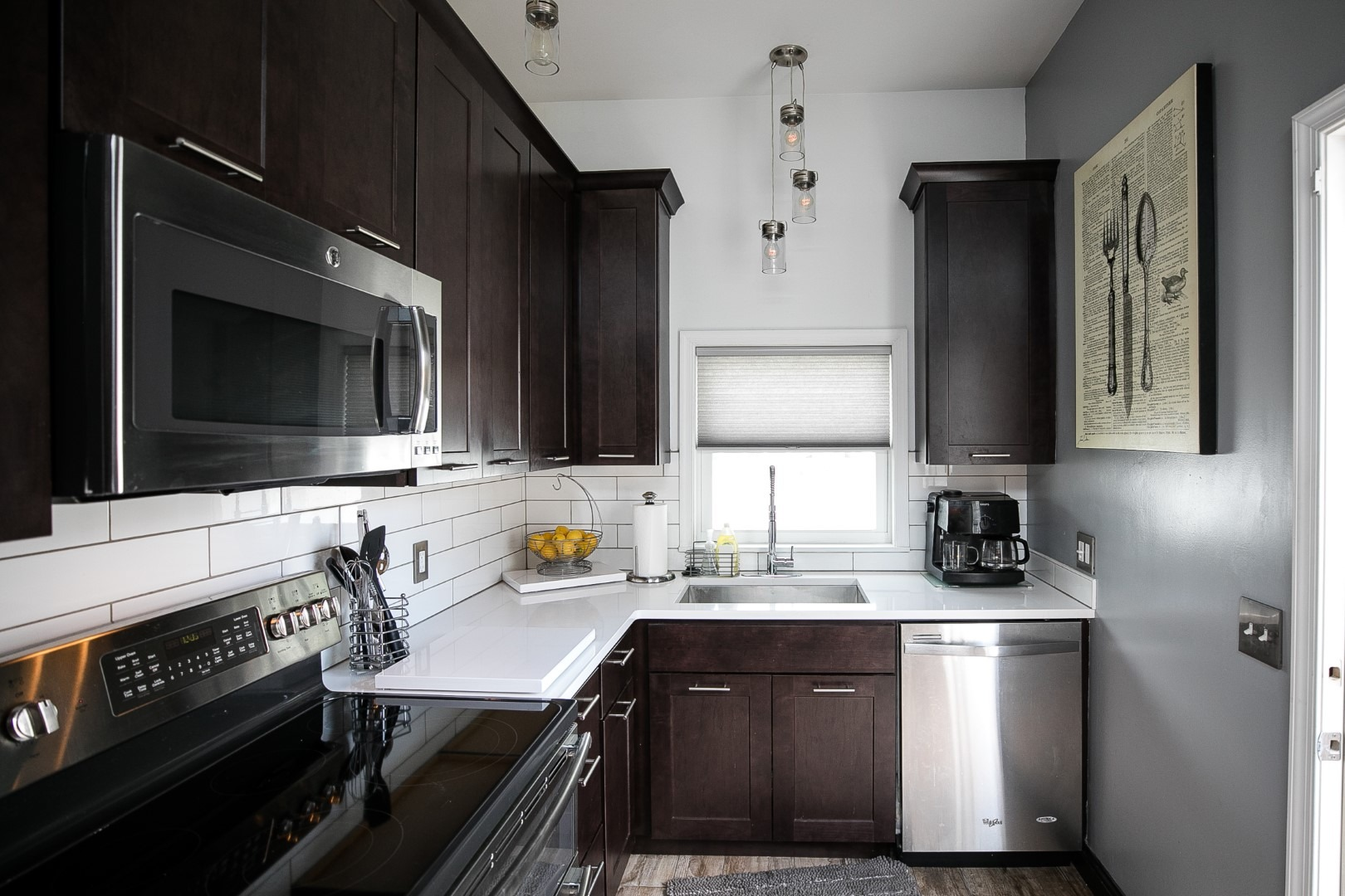 kitchen redesign dark cabinets