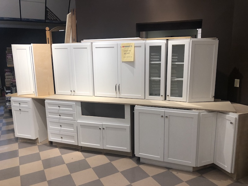 Display Model Kitchen Cabinets For Sale 2020 Display Sale (5 Left) at the Mariotti Showroom
