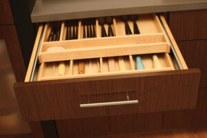 cutlery dividers in kitchen cabinet drawer