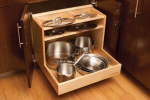 Roll out lower shelf for pots and pans